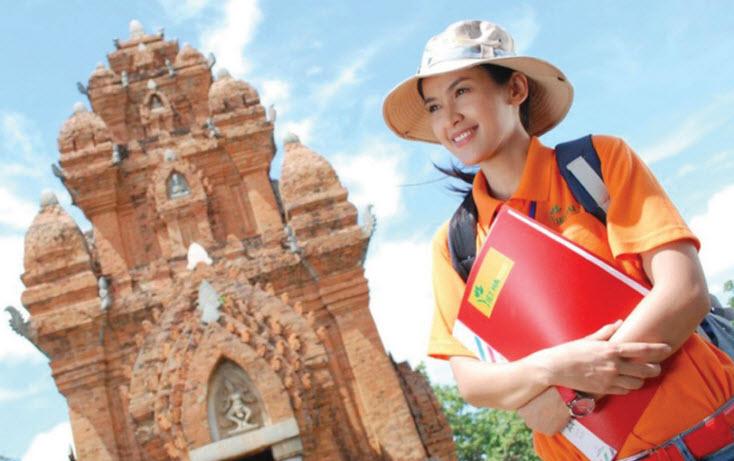 Xét tuyển  Văn bằg 2 ngành hướng dẫn viên du lịch