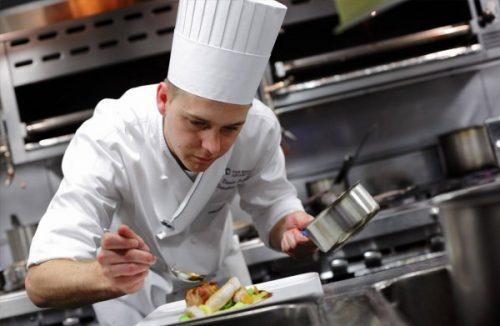 Bật mí những điều chưa biết về nghề đầu bếp cho các bạn trẻ.