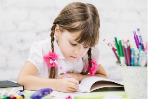 Chính phủ ban hành Nghị định quy định chính sách đối với giáo viên Mầm non