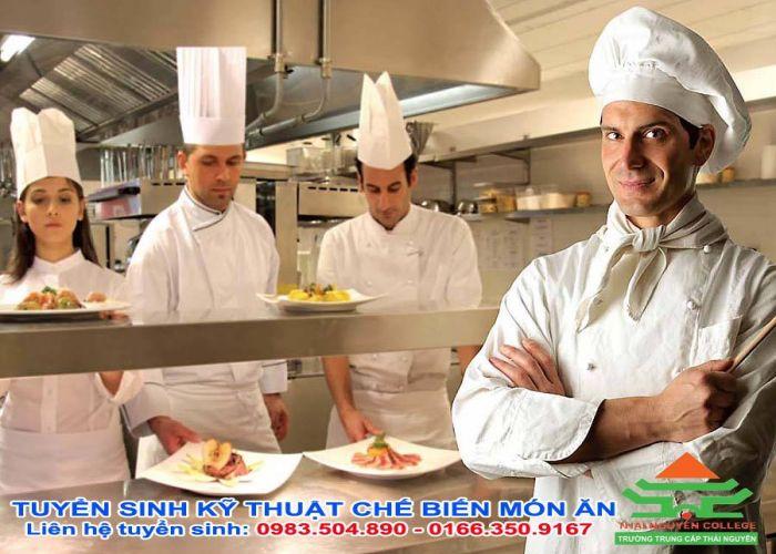 Đăng kí học Trung cấp Nấu ăn Hà Nội ở đâu?