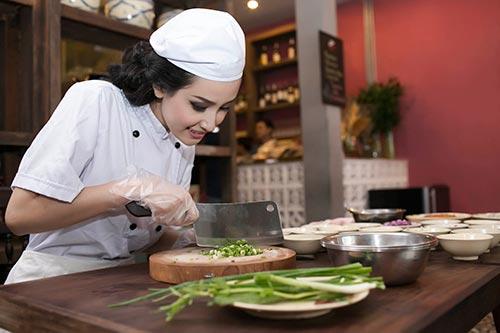 Những nhiệm vụ cơ bản của người đầu bếp bạn cần biết