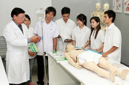 Những điều sinh viên ngành Dược cần quan tâm khi ra trường
