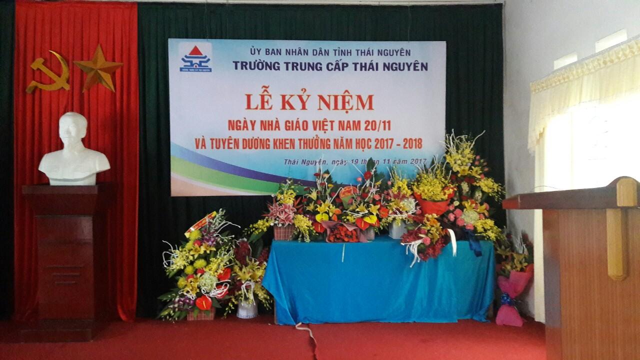 Trường Trung Cấp Thái Nguyên tưng bừng kỷ niệm Ngày nhà giáo Việt Nam 20/11